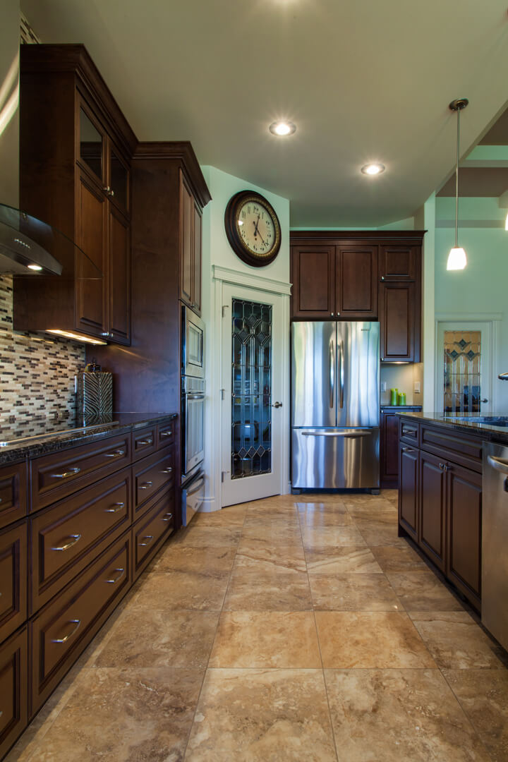 Moroz-Rococo_Homes-Kitchen